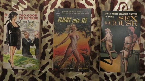 That's a Gene Bilbrew cover on the left, Paul Rader cover in the middle!